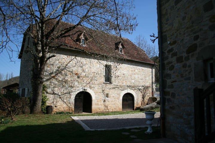 Balaguier-d'Olt的民宿