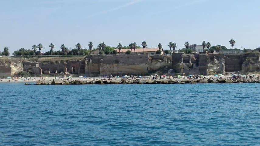 Mini appartamento La Riserva 150 metri dal mare