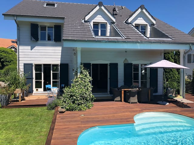 Sunny and beautiful home in Founex