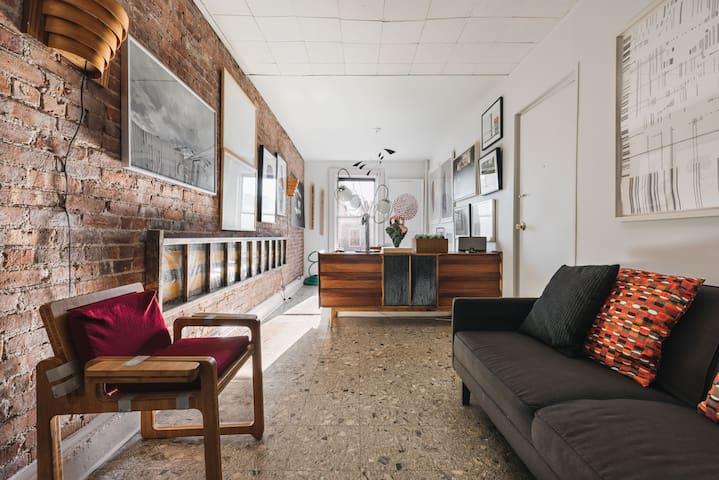 Stylish Arty Brooklyn Appartment #4
