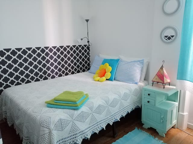(3)Room with AC & private WC in Historic Center