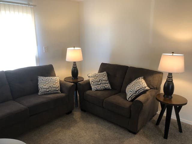 Amazing location, home away from home on a budget!