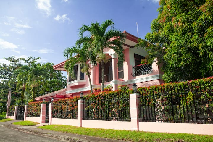 Beautiful Spanish Colonial Home in Talisay City