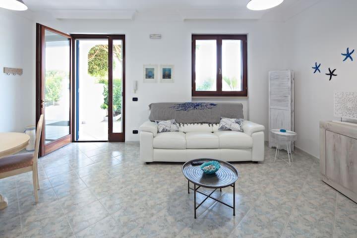 Villa a Savelletri di Fasano (BR)