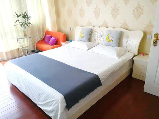 耀江广场单身公寓  舒心景观房