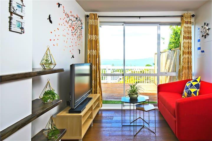 奥克兰北岸Browns Bay一线海景1室1厅度假房