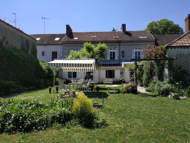Souppes-sur-Loing的民宿