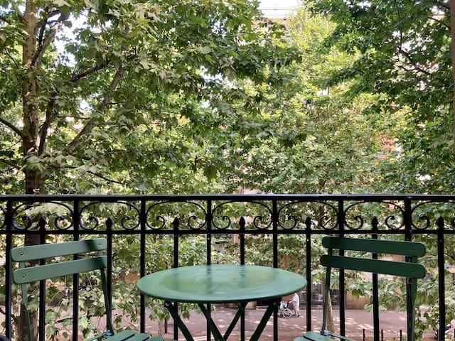 Appartement 2 chambres & balcon au centre ville