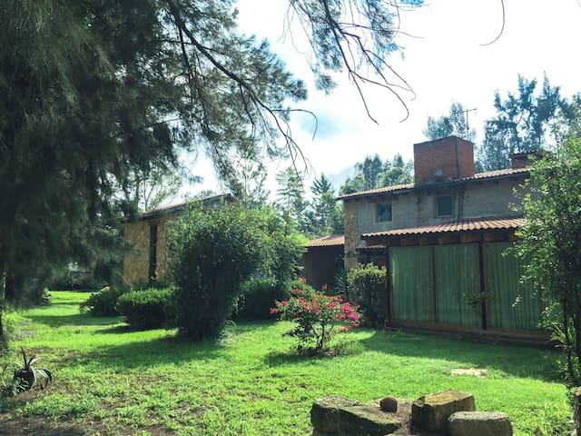 Casa de campo cerca de ruta arte, queso y vino