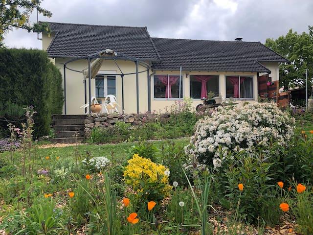 Bussière-Galant的民宿