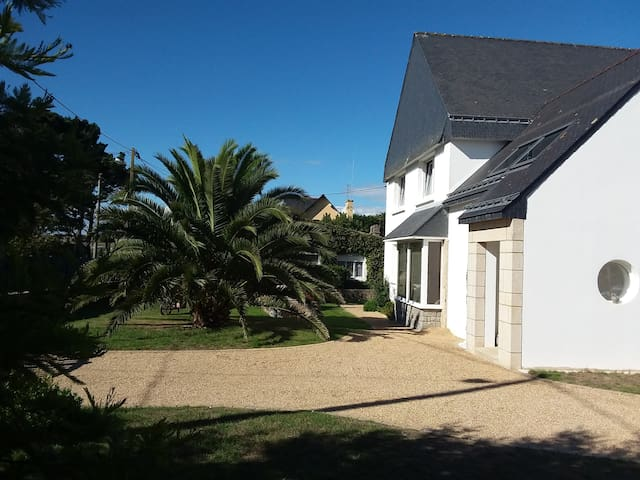圣皮耶尔屈伊伯龙 (Saint-Pierre-Quiberon)的民宿