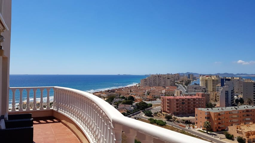 Apartment with 2 bedrooms in La Manga, with wonderful sea view, furnished terrace and WiFi - 100 m from the beach