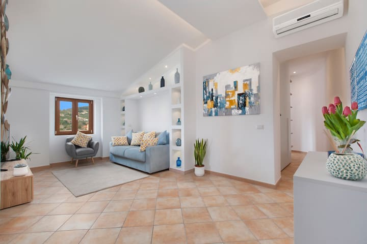 Maison Due Golfi - Central & Modern Apartment