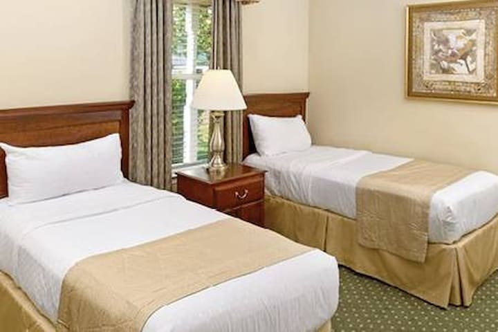 The Historic Powhatan Resort 4 bdrm