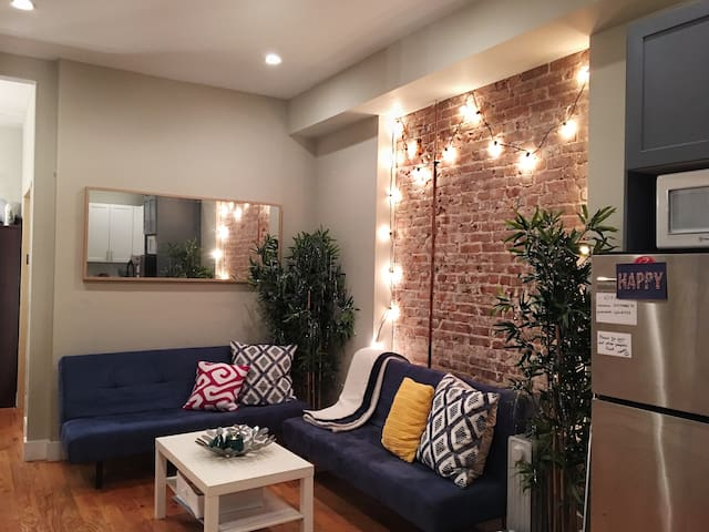 Awesome Private Room+ Laundry- Prime Williamsburg