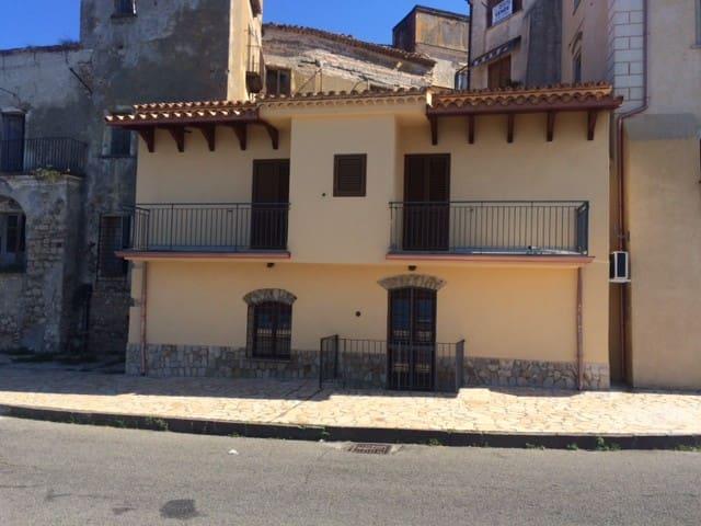 San Lucido的民宿