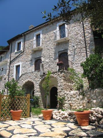 Roccacasale的民宿