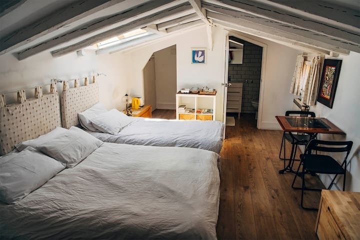 Attic bedroom with character at Sol
