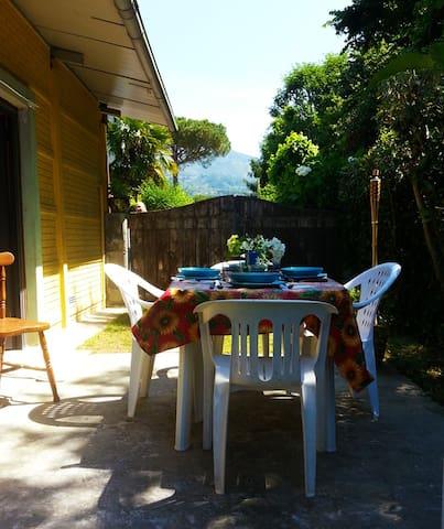 Capanne-Prato-Cinquale的民宿