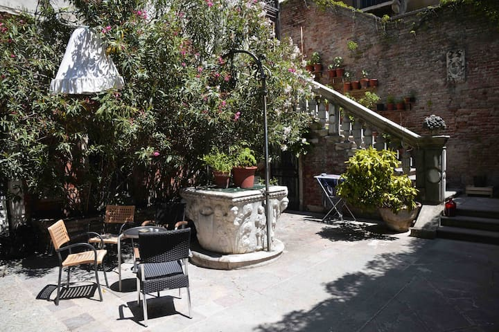 Historic residence located in the heart of Venice