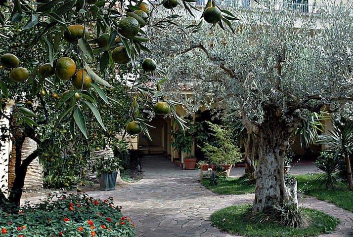 Campobello di Licata的民宿
