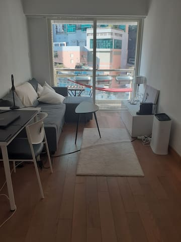 Nice room in a great location in Sheung Wan