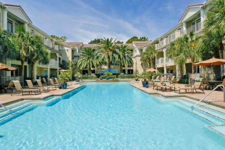 Luxury Apartment near Med Center, NRG, & Downtown