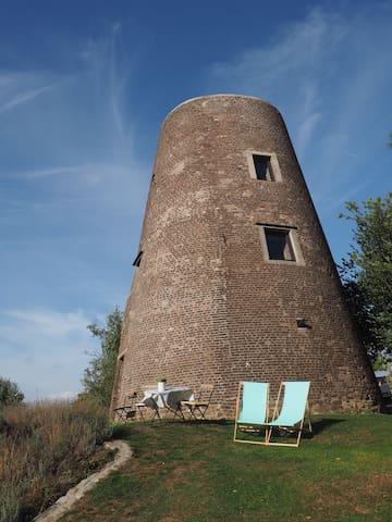 La Louvière的民宿