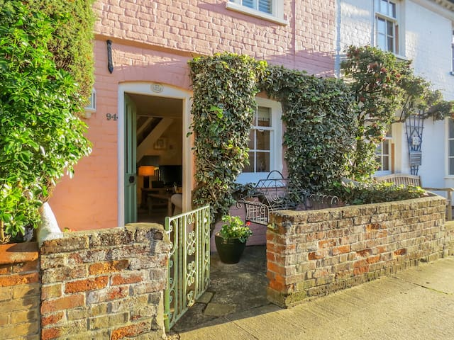 Ivy Cottage - Pretty Cottage in Aldeburgh