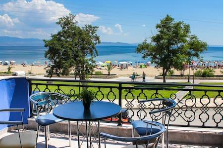 BLUEHOUSE FEDRA Luxurious apartment, on the sea!