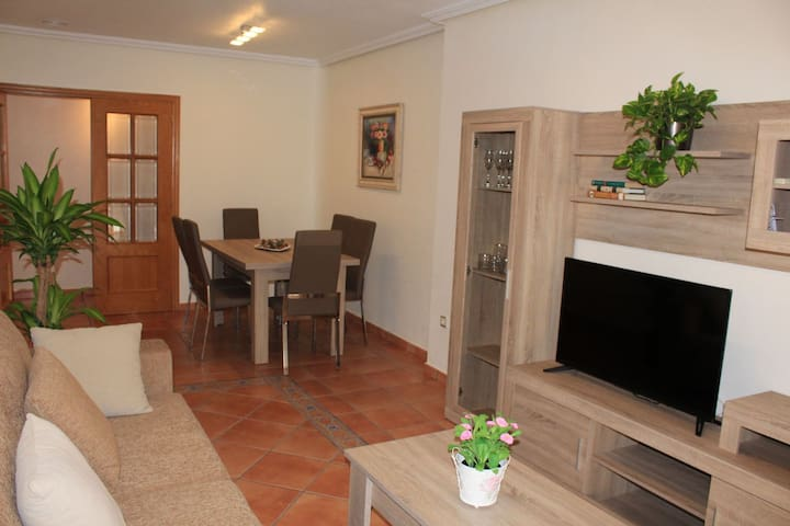 Santomera的民宿