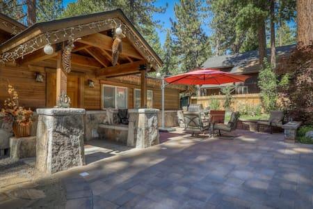 Bright, family-friendly alpine getaway w/ private hot tub - near lake & skiing!