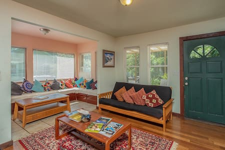 Eclectic Midtown home in the Heart of Tallahassee