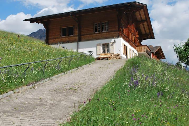 Ferienwohnung mit Blick auf herrliche Bergwelt