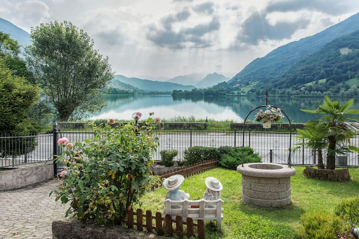 Ranzanico Lago的民宿