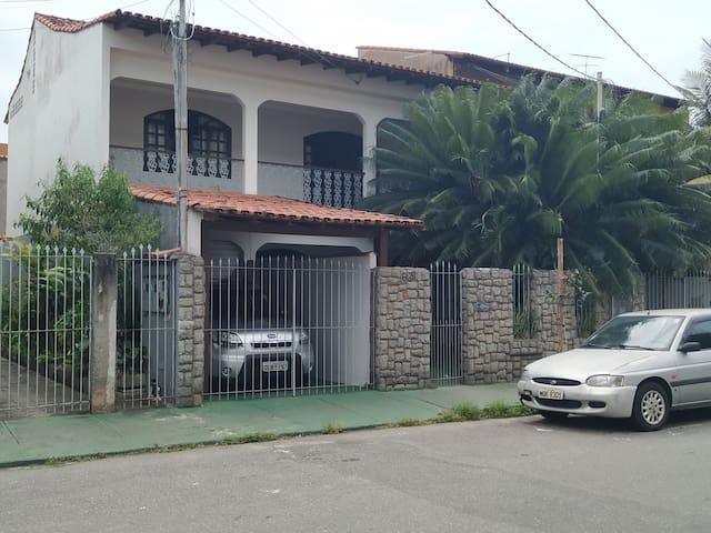 Jardim Camburi的民宿
