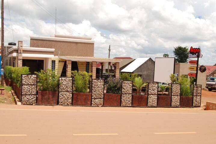 Kamuli的民宿