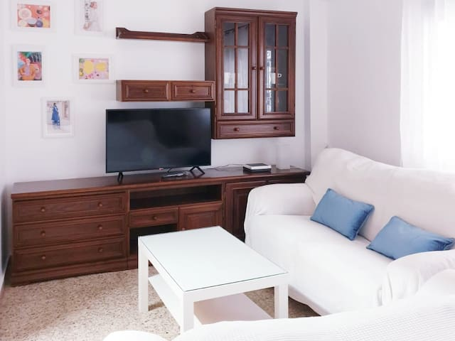 Lovely central flat full furnished