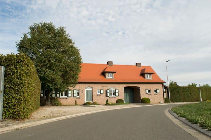 哈瑟尔特(Hasselt)的民宿