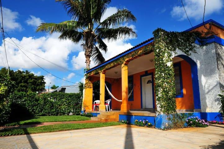 Historic Casa Havana - Studio Suite