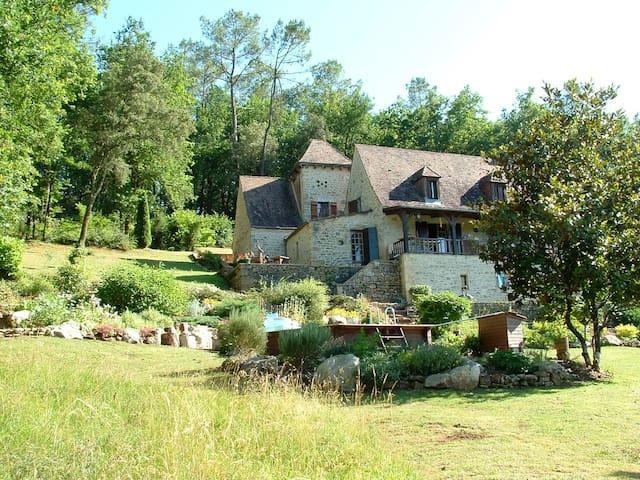 Prats-de-Carlux的民宿