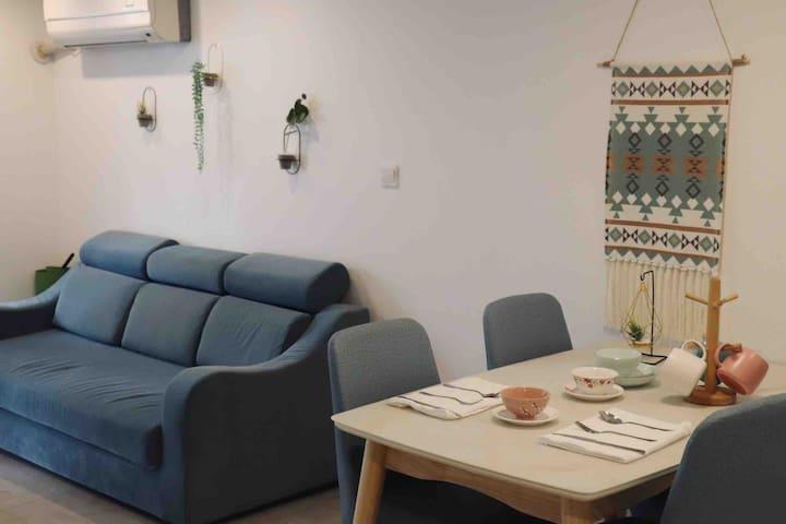 shyeep 的小屋房间位于天华学院,百度公司,沃尔沃,宝马培训中心附近!欢迎外国朋友入住