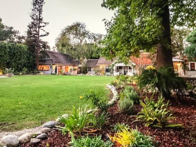 Historical Gracious estate cottage -