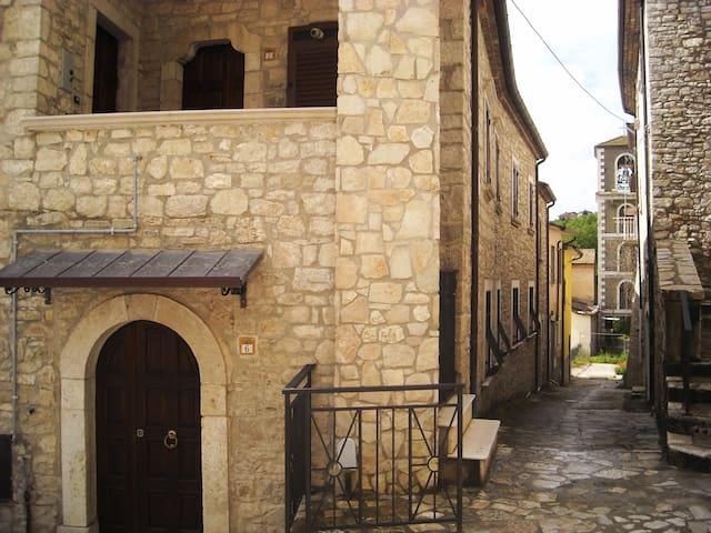 Campolattaro的民宿