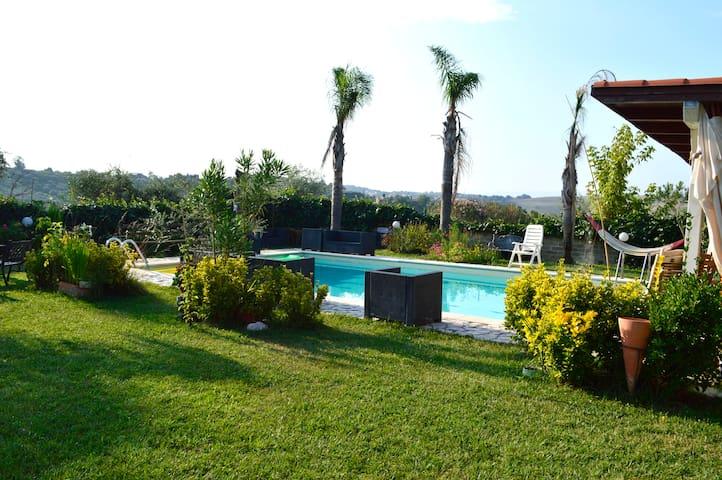 Monterotondo的民宿