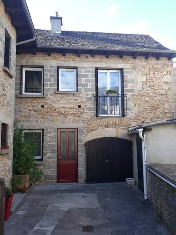 Agen-d'Aveyron的民宿