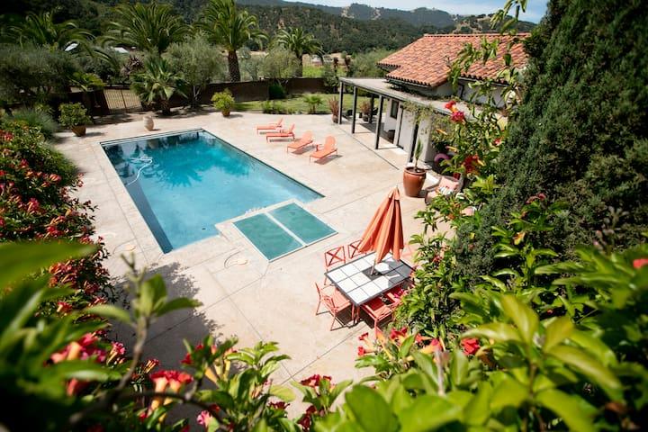 Hacienda House on Estate Vineyard with Pool