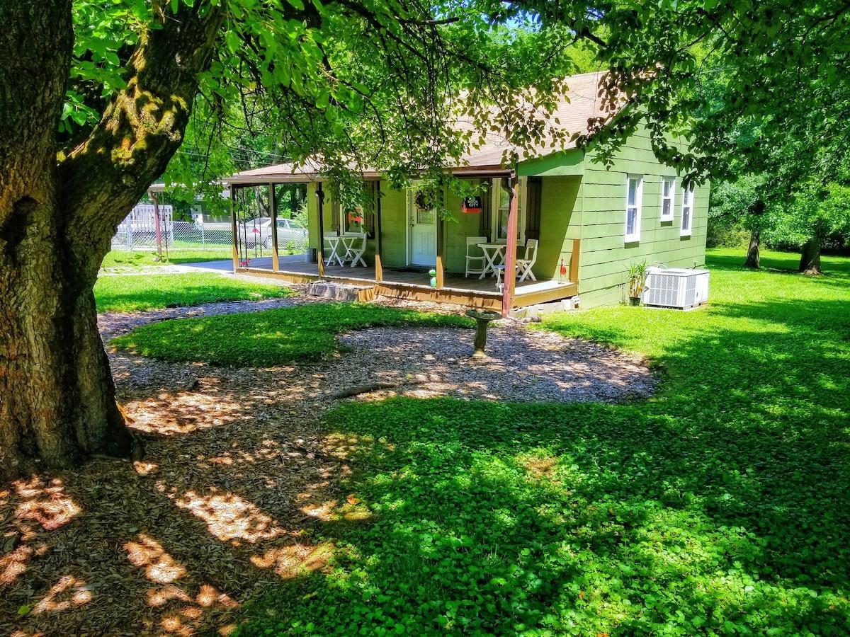 ★ Mountain View Cottage ★