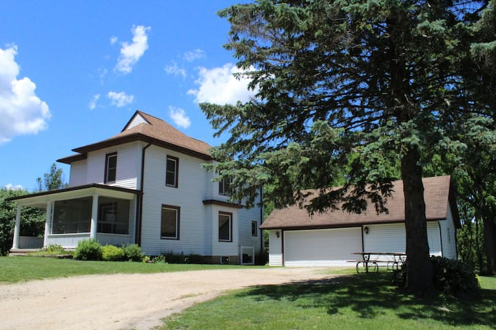 Mount Carroll Historic District的民宿