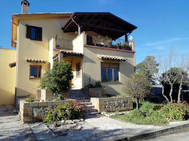 Calascibetta的民宿
